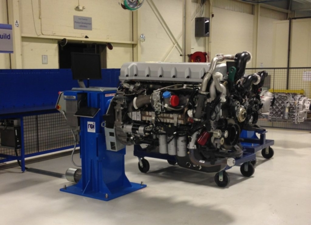 Diesel Engine stand - 4000 lb cap. vertical lift and rotation